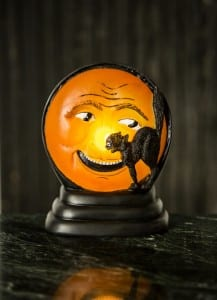 Flickering Mr. Moon and Cat Table Lamp
