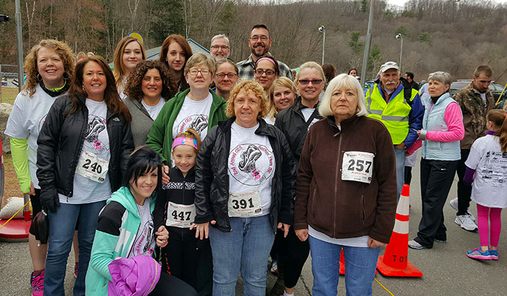 Rockingham storekeepers and their familes at a recent 5K run